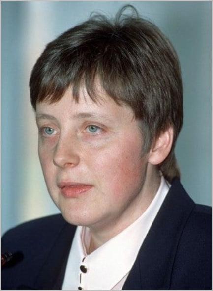 メルケル首相