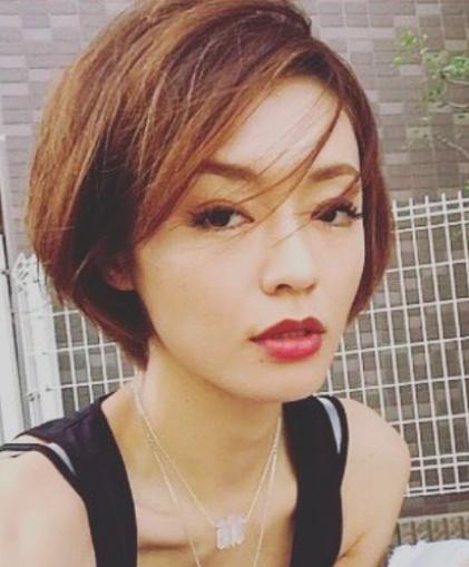 【画像】SUの現在の彼女・内藤陽子は元カノ?若い頃の写真や元旦那との離婚理由は?