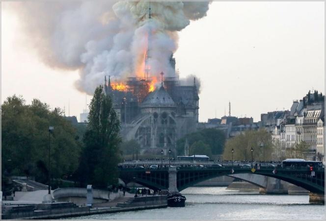 ノートルダム大聖堂火災原因は改修工事