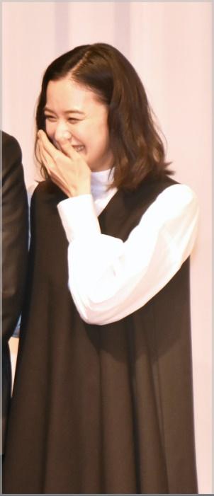 蒼井優が結婚記者会見で着ていたワンピースのブランド2